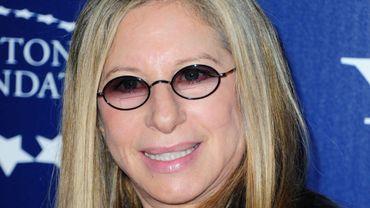 """La chanteuse Barbra Streisand pourrait réaliser un épisode pour la série """"Life in Pièces"""""""