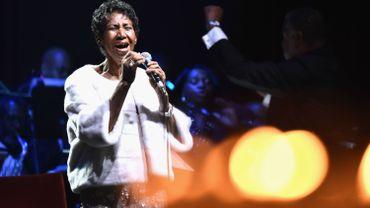 Stevie Wonder et Jesse Jackson rendent visite à la chanteuse Aretha Franklin, gravement malade