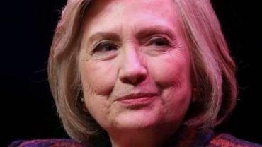 """Pour Hillary Clinton, les Etats-Unis """"ne peuvent se permettre 4 ans de plus"""" avec Trump"""