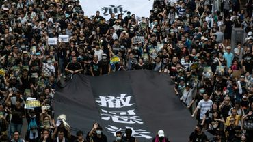 Nouvelle manifestation monstre à Hong Kong, dans le quartier de Sha Tin, le 14 juillet 2019