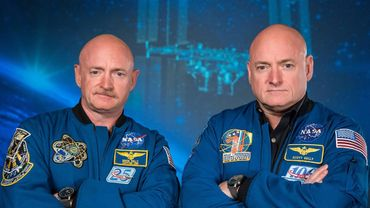 Des jumeaux astronautes passés à la loupe pendant un an, l'un sur Terre, l'autre dans les airs