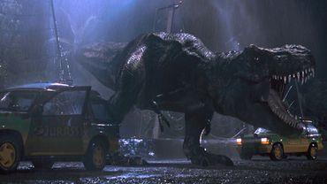 """""""Jurassic Park"""" s'offre la tête du box-office mondial"""