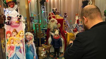 Charleroi: des cadeaux distribués depuis 137 ans aux enfants!
