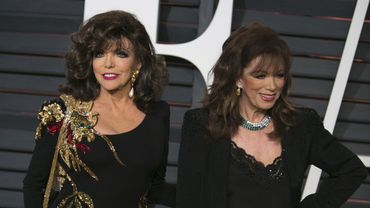Jackie Collins (à droite) est décédée le 19 septembre 2015 à Beverly Hills.