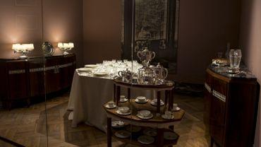 Les Musées Royaux d'Art et d'Histoire ont reconstitué l'intérieur de la boutique de joaillerie Wolfers Frères dans une des salles du Cinquantenaire.