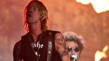 Duff McKagan sur la scène de la 58e cérémonie des Grammy Awards