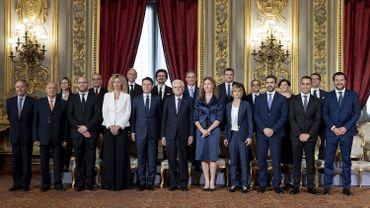 Les Visages Du Nouveau Gouvernement Italien 18 Ministres 5 Femmes Et 6 Independants