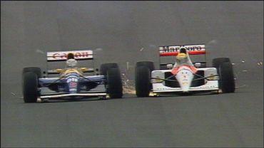 Duel mémorable entre Mansell (Williams) et Senna (McLaren)