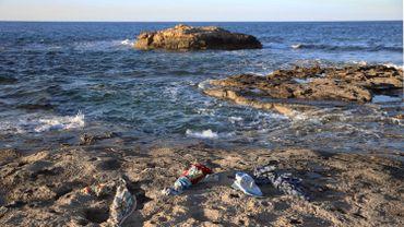 Libye: une centaine de migrants secourus, une vingtaine portés disparus