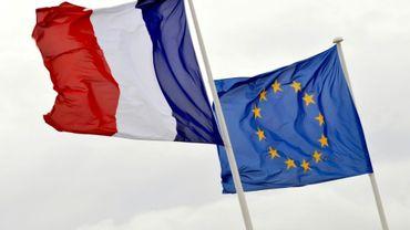 """Treize pays de l'Union européenne ont élaboré à Paris un """"socle européen des droits sociaux"""" proposant notamment un salaire minimum"""