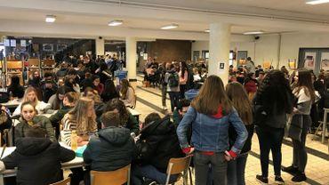 Les élèves du collège Saint-André d'Auvelais se mobilisent pour le climat