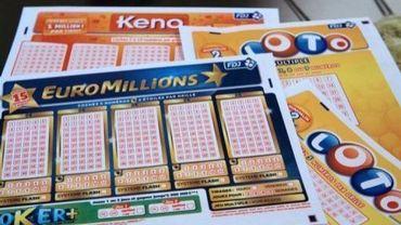 Des grilles de l'Euro Millions, du Keno et du Loto (Française des Jeux)