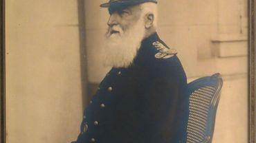 Caricatures rares et photos authentiques de Léopold II vendues aux enchères à Bruxelles