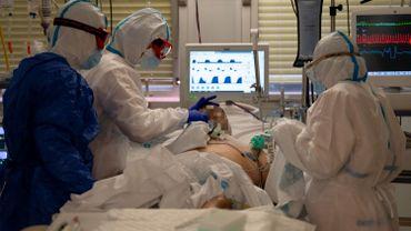 """Le syndrome post-soins intensifs (PICS) """"peut toucher plus de la moitié des patients sortis des soins intensifs après une pathologie grave"""""""