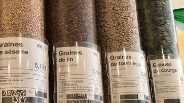 Tendance : le retour des graines dans les garde-mangers