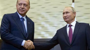 Vladimir Poutine et Recep Tayyip Erdogan ont annoncé la création d'ici au 15 octobre d'une telle zone sous contrôle russo-turc.