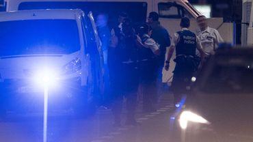 """Agression de militaires à Bruxelles et EI: """"Cela ne veut pas dire que l'auteur adhérait à l'EI"""""""