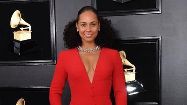 Depuis le début de sa carrière, Alicia Keys a remporté une quinzaine de Grammy Awards.