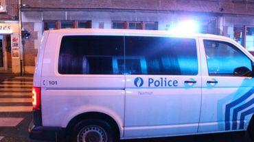 La rue billiart, dans laquelle logeait l'étudiant, bloquée par la police cette nuit, quelques minutes après la chute mortelle.