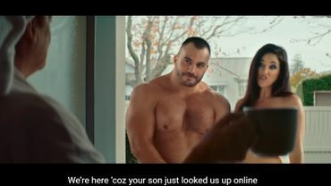 Deux acteurs prono nus sur le pas de la porte: une campagne néo-zélandaise sur les dangers d'internet fait un tabac