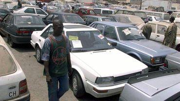 Nos voitures d'occasion émigrent vers l'Afrique