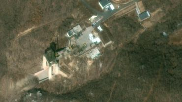 """Le site de lancement de fusées reconstruit par Pyongyang à nouveau """"opérationnel"""""""
