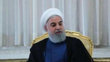 Face à une poussée du virus, l'Iran interdit les mariages et les funérailles