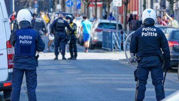 Le jeune contestait avoir jeté un pavé dans la portière d'un véhicule de police lors des émeutes qui ont eu lieu à Anderlecht le 11 avril.