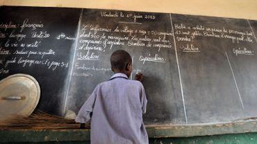 """""""Des centaines"""" d'élèves enlevés par des hommes armés au Nigeria, selon des sources sécuritaire"""