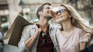 Saint-Valentin : l'amour oui, et en public pour 87% d'Européens