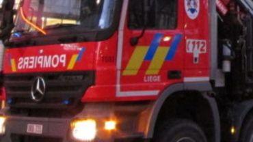 Les pompiers sont sur place depuis lundi soir, 22h00 (illustration).