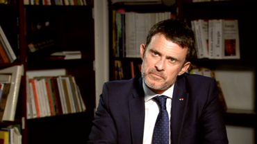 """Manuel Valls: """"J'ai tout pris pour les autres"""""""