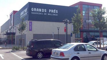 Le parking du centre commercial