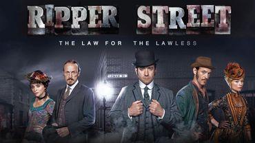 La série Ripper Street a été diffusée au départ sur la BBC en 2012, avant d'être récupérée par Amazon