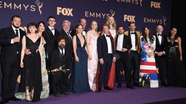 """La saga HBO """"Game of Thrones"""", la plus titrée de l'histoire de la télévision américaine, a pour la troisième fois réussi à récolter douze Emmy Awards en une seule édition."""