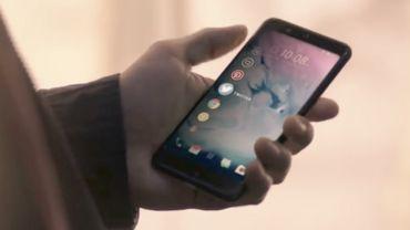 Un smartphone qui se contrôle en pressant les bords