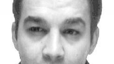 David Racic, l'homme que la police recherche activement pour divers vols à la ruse.