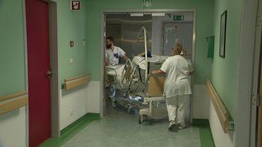 Coronavirus: trois médecins spécialistes d'une quarantaine d'années dans un état grave