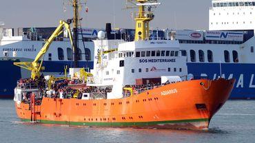 La marine libyenne a annoncé jeudi la création d'une nouvelle zone de recherche et de sauvetage (SAR) sous sa responsabilité directe. Son accès est interdit aux navires étrangers afin d'en éloigner les ONG, que Tripoli accuse de collusion avec les réseaux de passeurs.
