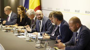 Bilan du gouvernement Michel: d'abord et surtout du socio-économique