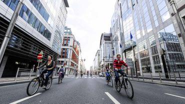 Bruxelles: une pétition pour un réaménagement des trottoirs et pistes cyclables de la rue de la Loi