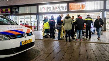 Trois blessés dans une attaque au couteau à LaHaye aux Pays-Bas