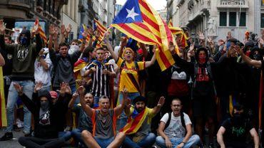 Elections législatives en Espagne: Madrid met en place d'importantes mesures de sécurité en Catalogne
