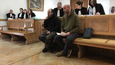 Les squatteurs de la rue d'Arquet demandent au Tribunal de première instance de Namur de reconnaître un droit un logement. Ils ont gagné une première bataille, mais sur un point de procédure.