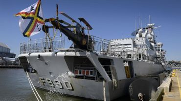 La frégate Léopold 1 escortera durant deux mois le porte-avions français Charles de Gaulle