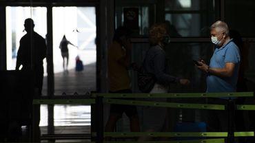 Coronavirus en Espagne: le port du masque obligatoire dès jeudi en Catalogne, même en gardant la distance sociale