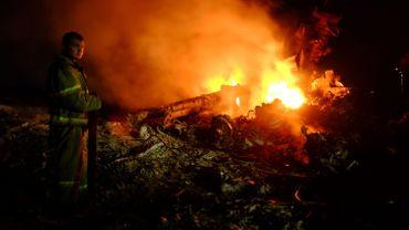 Crash d'avion en Ukraine: cinq Belges parmi les 298 victimes