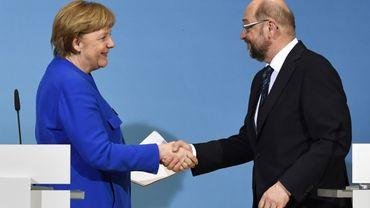 Allemagne: la direction du SPD approuve un gouvernement avec Merkel
