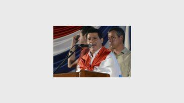 Le candidat du parti Colorado, Horacio Cartès, prend la parole après sa victoire à la présidentielle au Paraguay, le 21 avril 2013 à Asuncion