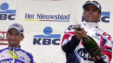 Peter Van Petegem lors de sa deuxième victoire sur le Ronde en 2003. Victoire devant Franck Vandenbroucke.